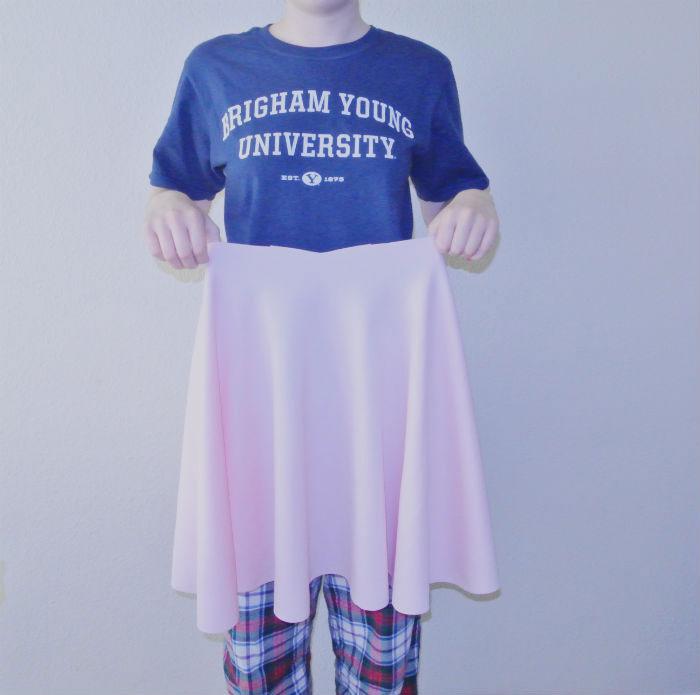 DIY Tulle Skirt Tutorial featured by top US sewing blogger, Kara Metta.