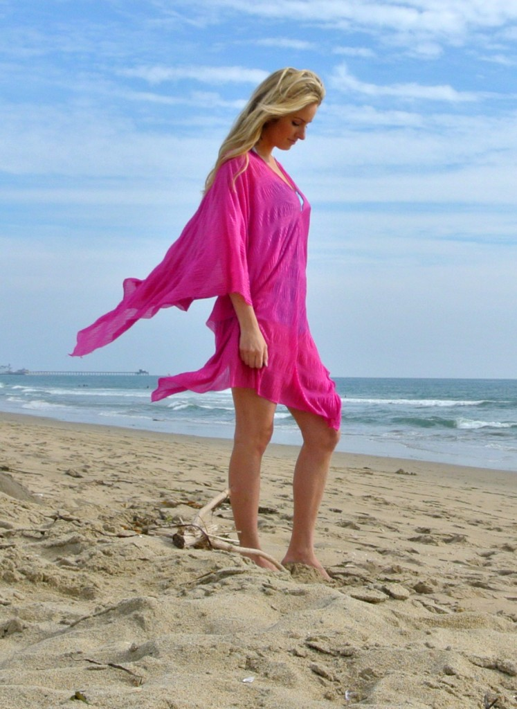 DIY Scarf Beach Cover Up Tutorial featured by top US sewing blogger, Kara Metta | The cover up scarf! An easy DIY that results in a scarf that can also be worn as 7 different cover-ups. It's pretty much the blanket scarf's warm weather sister.