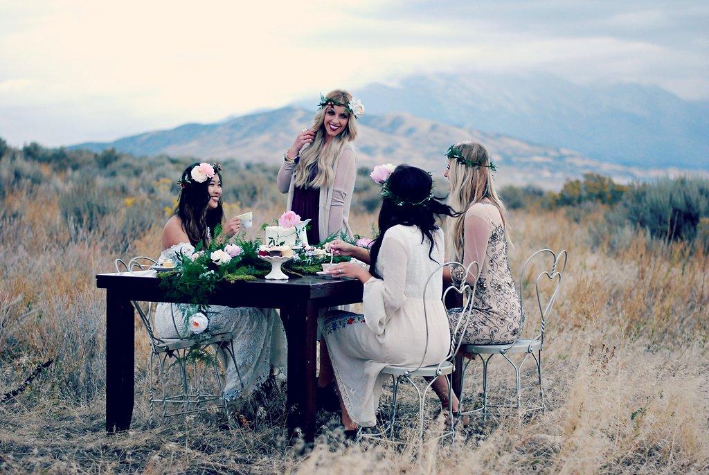 Boho chic picnic