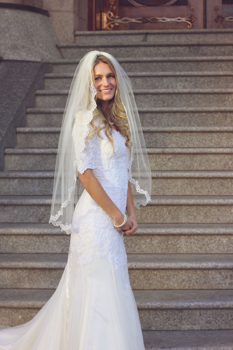 DIY Maxi Dress Sewing Tutorial featured by top US sewing blogger, Kara Metta.