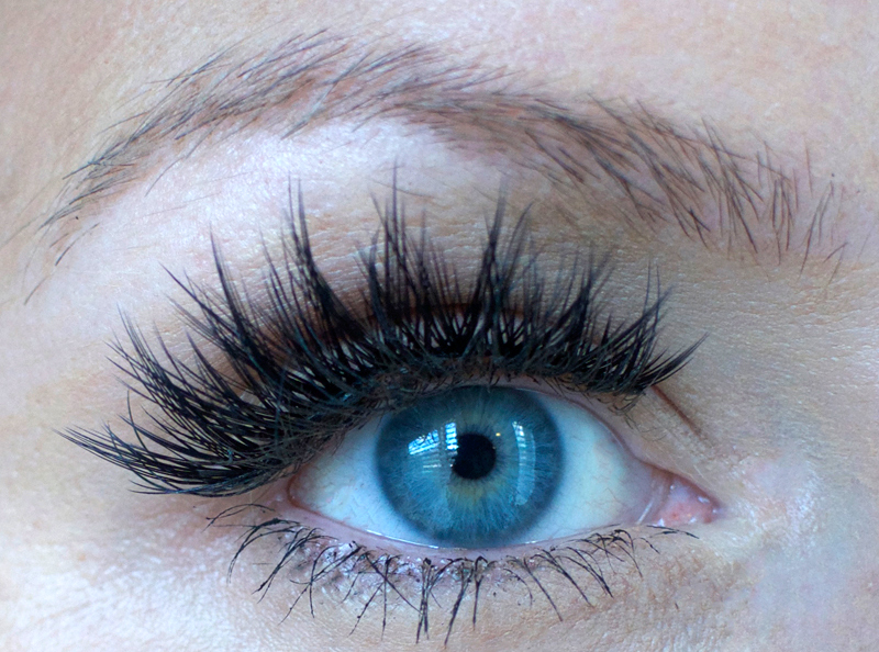 Waxing eyebrows at home. | How to Wax Your Eyebrows at Home by Popular Utah beauty blogger, Kara Metta: image of unwaxed eyebrows.