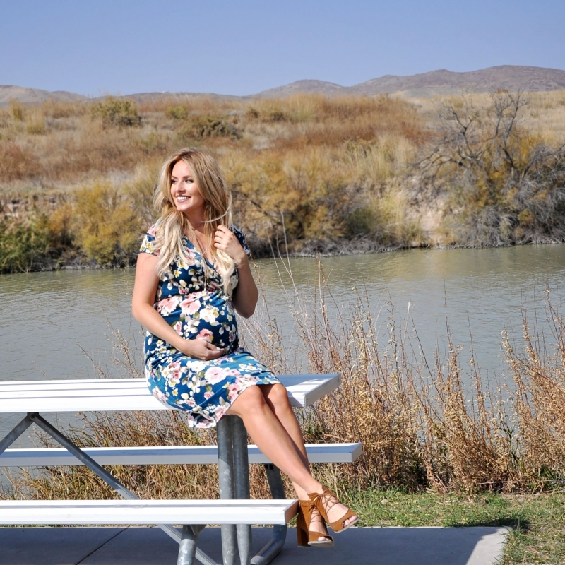 Cute floral maternity dress from @shoppinkblush