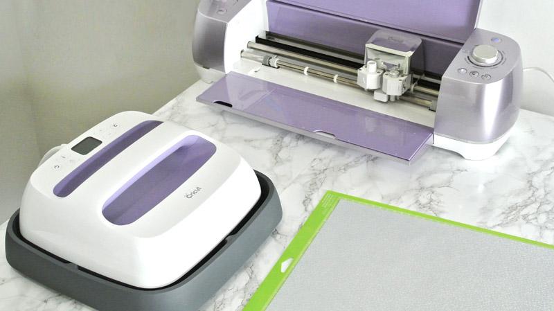 How to Use The Cricut EasyPress @JOANN #handmadewithJOANN | Cricut Easy Press by popular Utah sewing blogger, Kara Metta: image of a Cricut Easy Press.