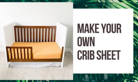 How to Make a Crib Sheet Tutorial // Sew a crib sheet